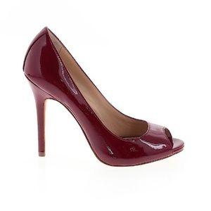 Saks Fifth Avenue Red 8B Peep Toe Pumps